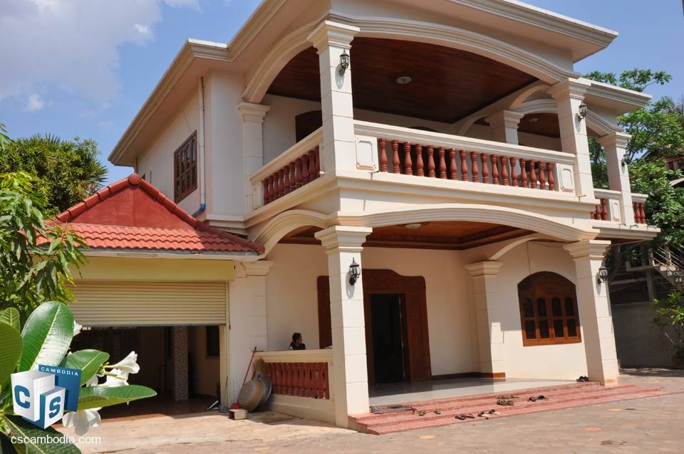 Luxury 4 Bedroom House with garage – For Sale – Siem Reap