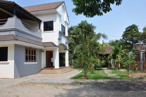 5-bed-house-siem-reap (8)