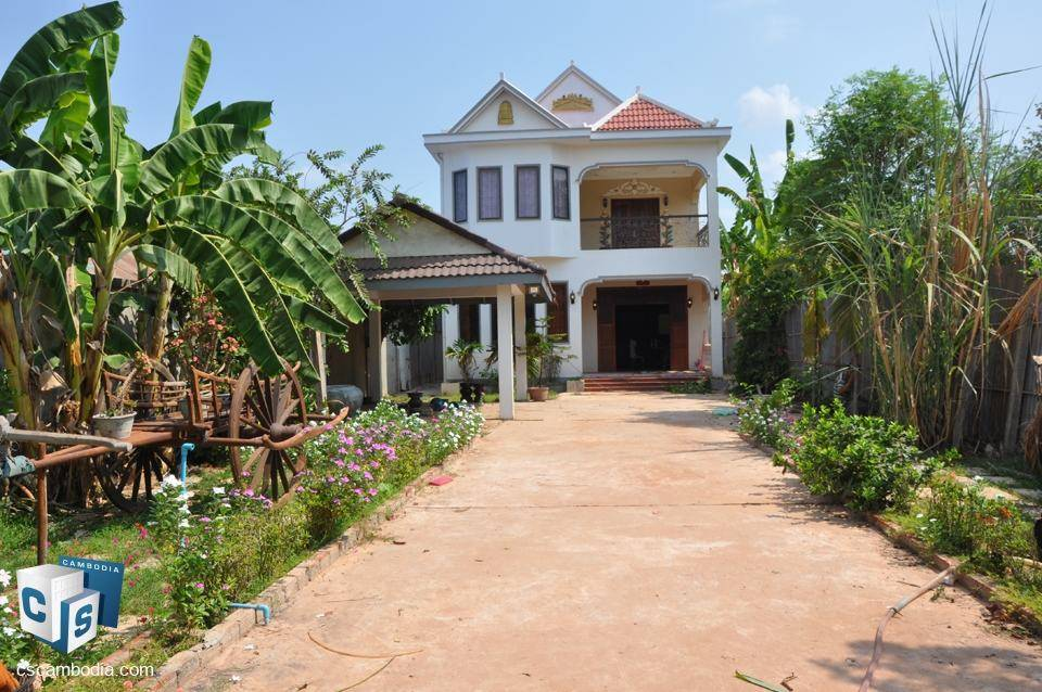 Attractive 3 bedroom house – Svay Dangkum-to rent – siem reap