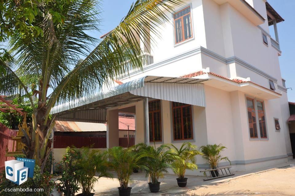 3 bedroom house – for rent – Kruos Village – siem reap