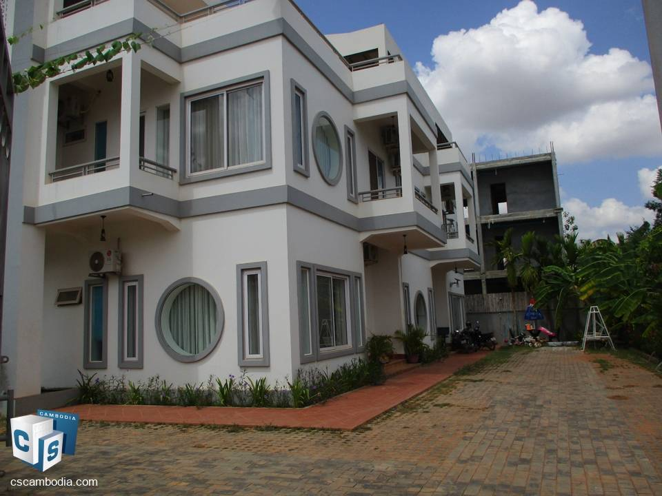 5 Bedroom House  – for Rent – Khnar Village – Chreav Commune – Siem Reap