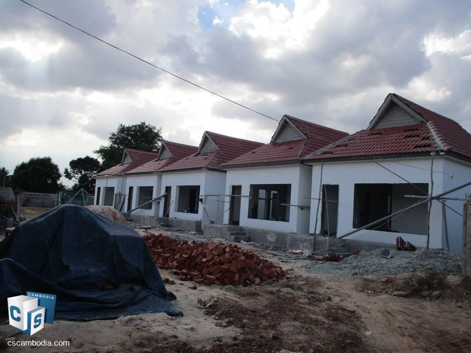 Part-completed, 10 Aparment Complex – For sale – Knar Village – Chreav commune – Siem Reap