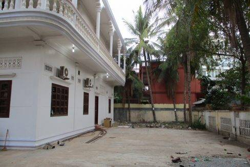 11-bed-guesthouse-siem reap-2000$ (18)