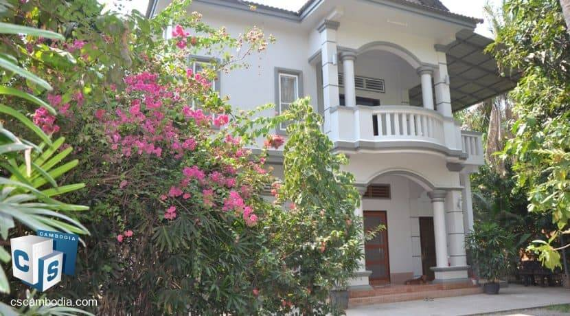 4 bed -house-rent-650-siem reap (13)