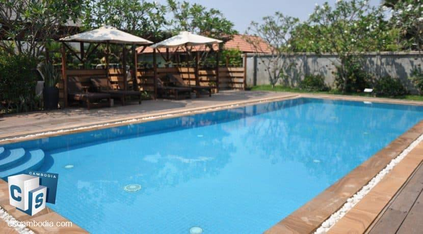 4 bed -house-rent-pool-siemreap (13)