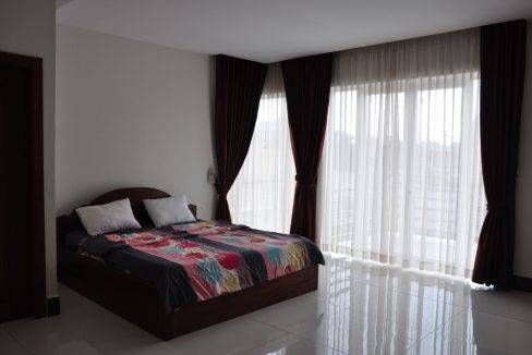 4-bed-house-rent- siem rea
