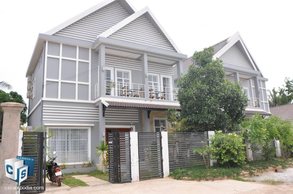 Large 4 Bedroom House With garden & pool – For Rent – Siem Reap