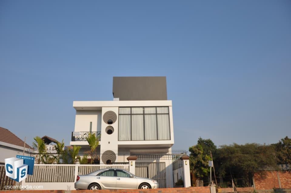 4 Bedroom House For Rent –  Vihear Chen Village – Svay Dangkum – Siem Reap