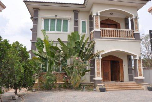 5-bed-house-rent-siem reap (14)