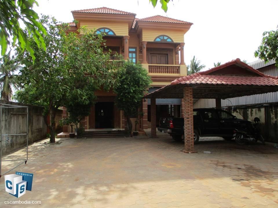 5 bedroom House – For Rent – Vihear Chen Village, Svay Dangkum Commune – Siem Reap