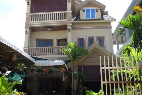 5-bed-house -rent-siem reap1200$ (21)