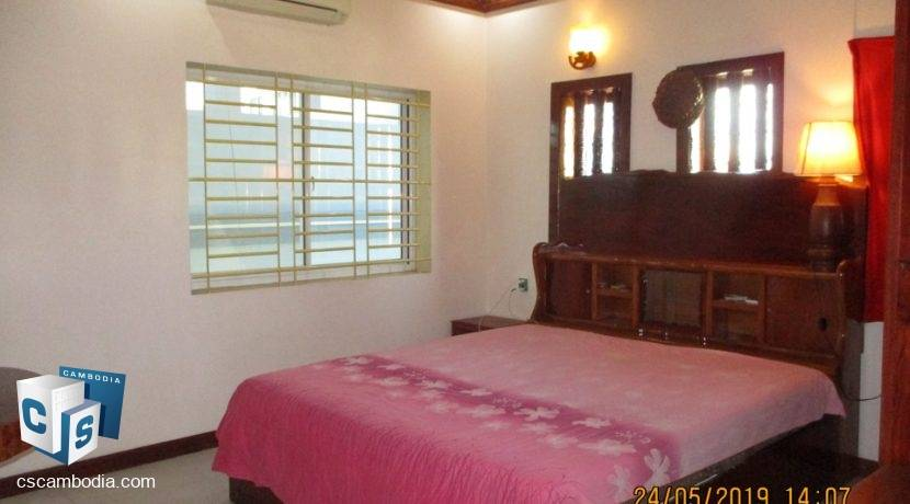 5-bed-house -rent-siem reap1200$ (7)