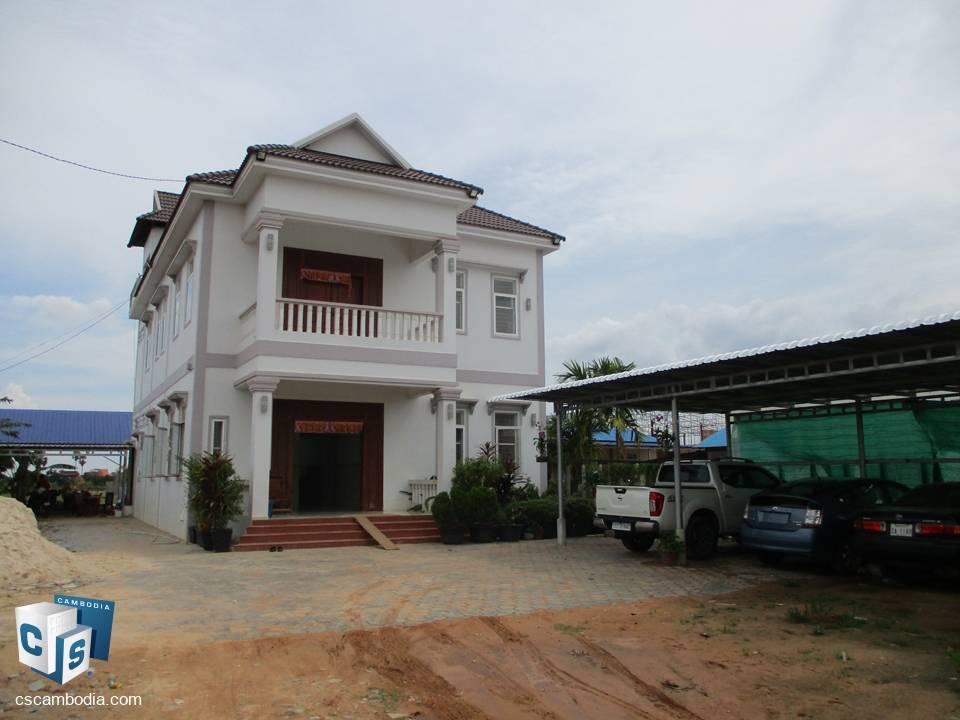 6 Bedroom House – for rent –  krasang Village – Chreav  Commune – Siem Reap