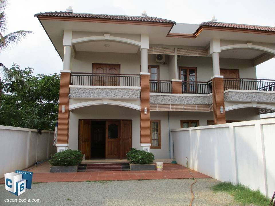 6 Bedroom House With Garden  – For Rent – Siem Reap