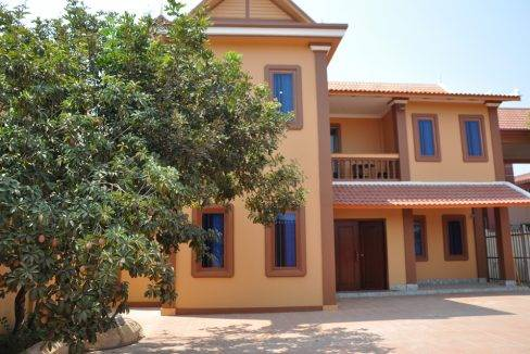 New folder5-bed-house-rent-siem reap (3)