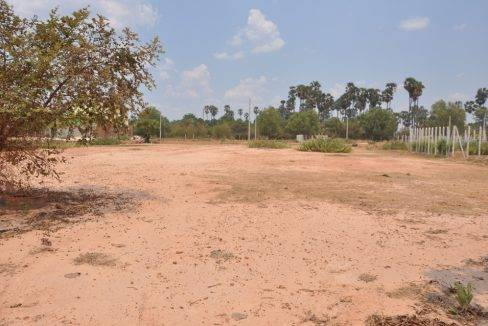 land sale-1800 sq m-140