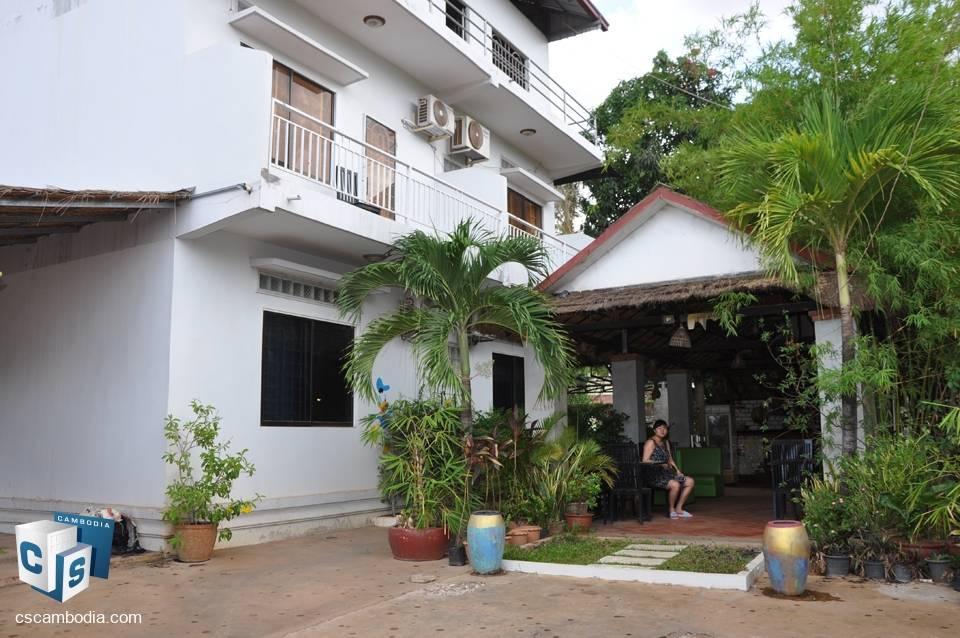 11 room Guest House – for Rent – Vihear Chen Village – Siem Reap
