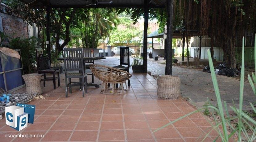 15 Bedroom Guest House - For Rent - Siem Reap (1)