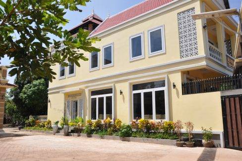 2-bed-house-rent-siem reap$700 (14)