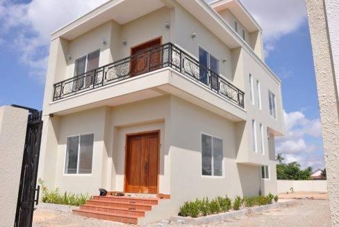 2Bed-House-Sale-Siem Reap $360000 (4)