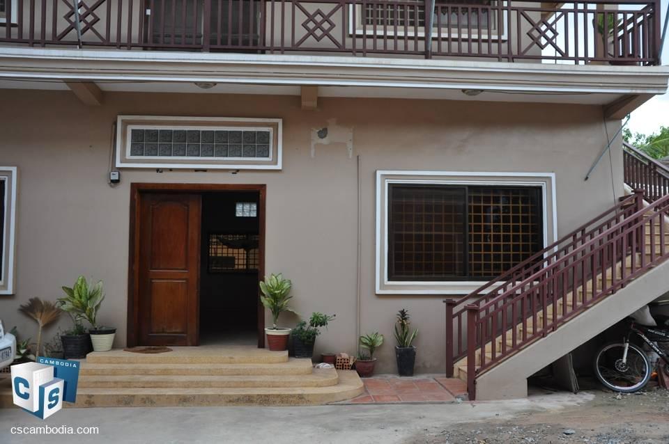 3 Bedroom House – For Rent – In – Taphul Village – Svay Dangkum- Siem Reap