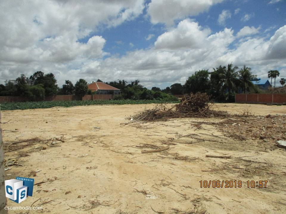 3529 sq m of Land – For Sale – Phnea Chey Village – Svay Dangkum Commune – Siem Reap
