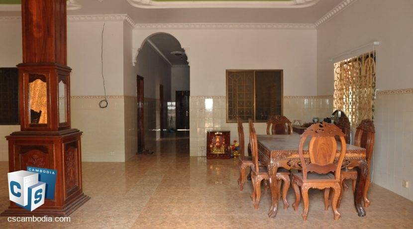 4 Bedroom House - For Rent - Siem Reap (1)