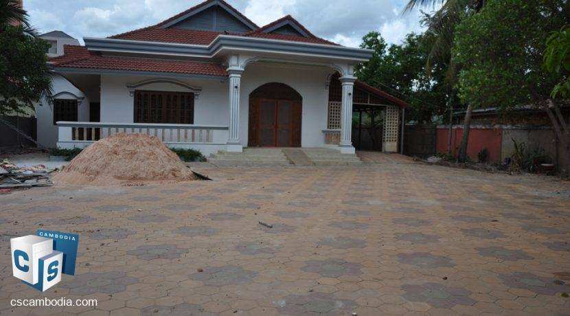 4 Bedroom House - For Rent - Siem Reap (3)