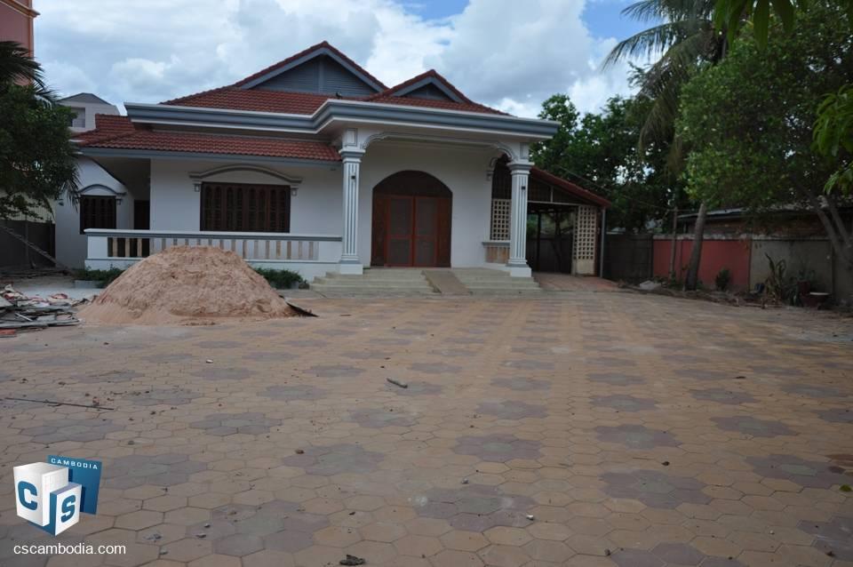 4 Bedroom House – For Rent – Vihear Chen Village – Svay Dangkum Commune – Siem Reap
