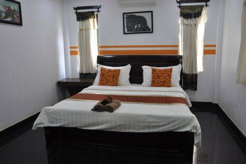 4Bedroom_ House For Rent Siem Reap (4)