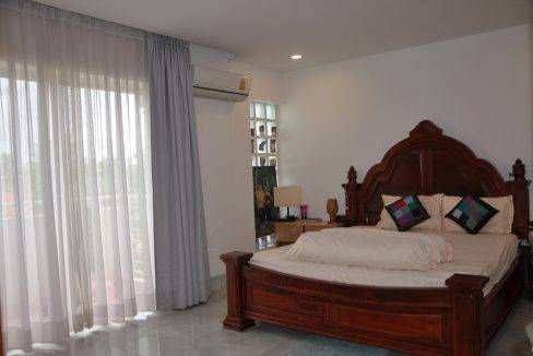 5 Bedroom House - For Rent - Siem Reap (10)