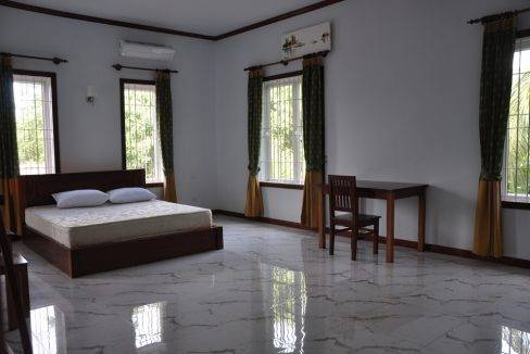 5 Bedroom House-For Rent- Siem Reap (11)