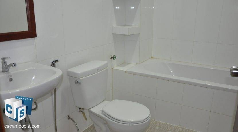 5 Bedroom House-For Rent- Siem Reap (12)