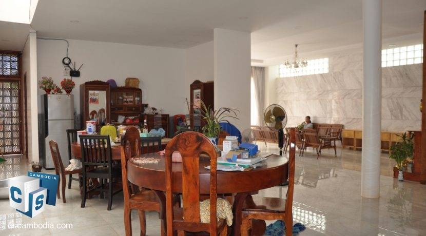 5 Bedroom House - For Rent - Siem Reap (4)