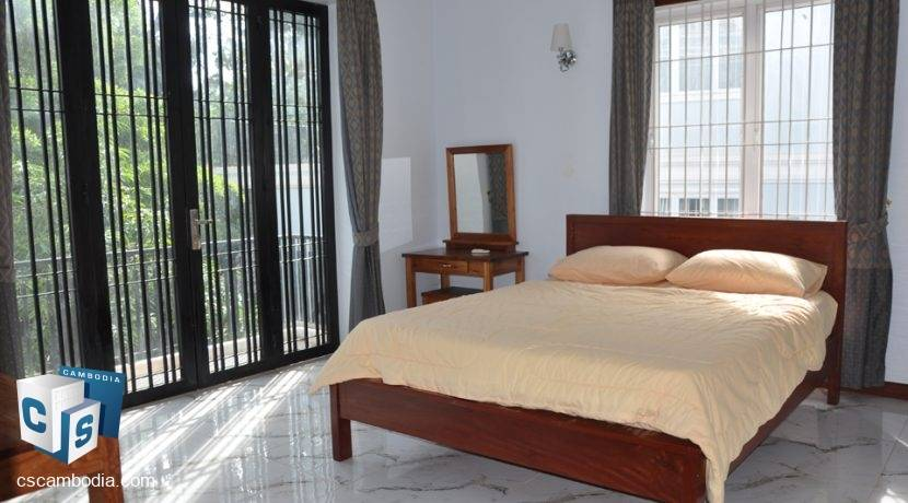 5 Bedroom House-For Rent- Siem Reap (6)