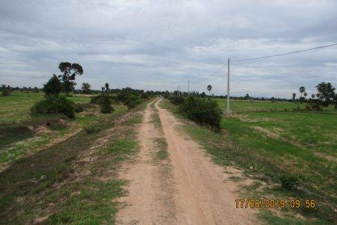 50,000 sq m Land - For Sale - Pouk, Siem Reap (5)
