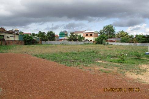 8000sq m land for sale Siem Reap-$250