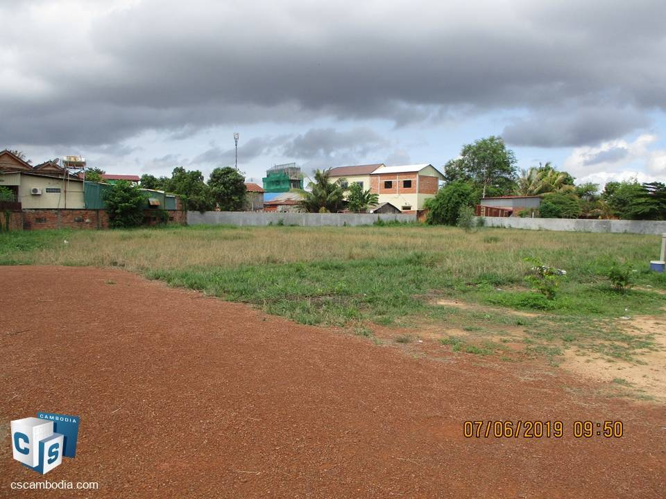 8000 Sq m – Land – for Sale – chang Kavsu village – Siem Reap