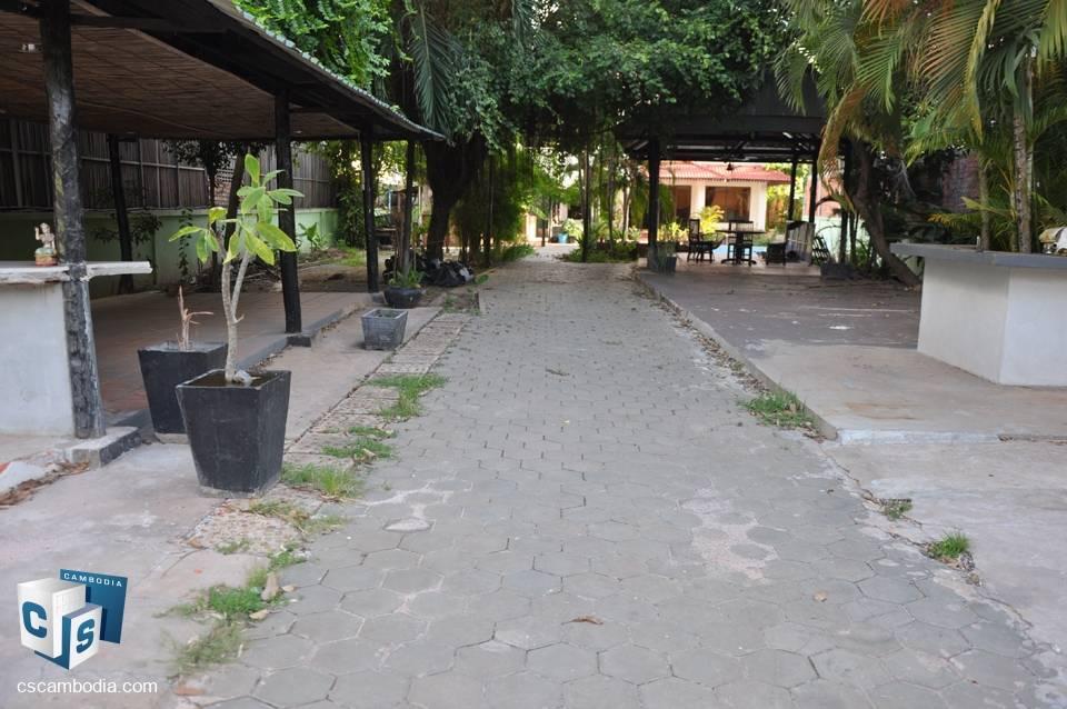 1500 sq m Land – For Sale – Wat Damnak Village , Sala Kamreuk Commune, Siem Reap