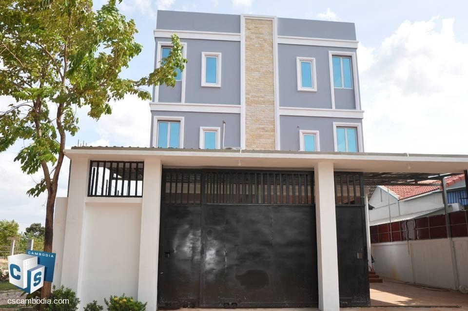 7 Bedroom House – For Sale – Kruos Village – Svay Dangkom Commune – Siem Reap