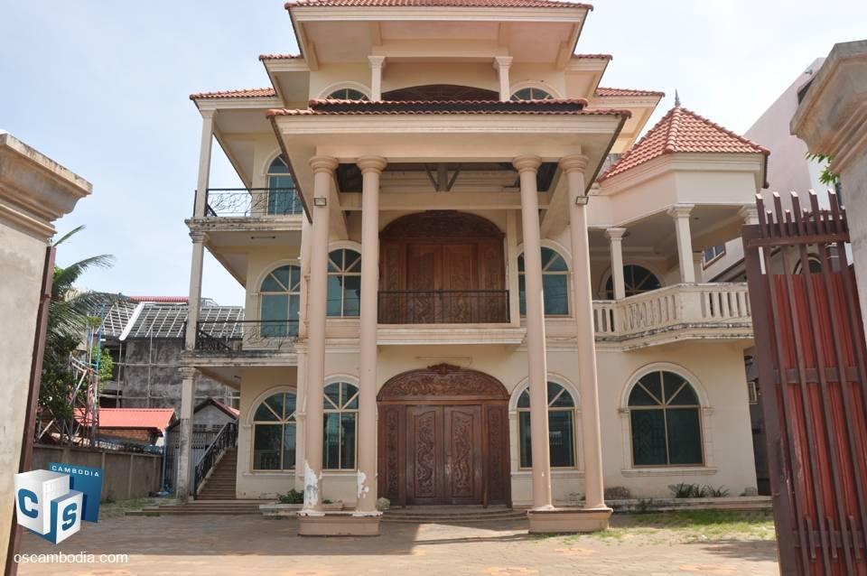 15 Bedroom Guest House – For Rent – Tapul Village – Svay Dangkom Commune – Siem Reap
