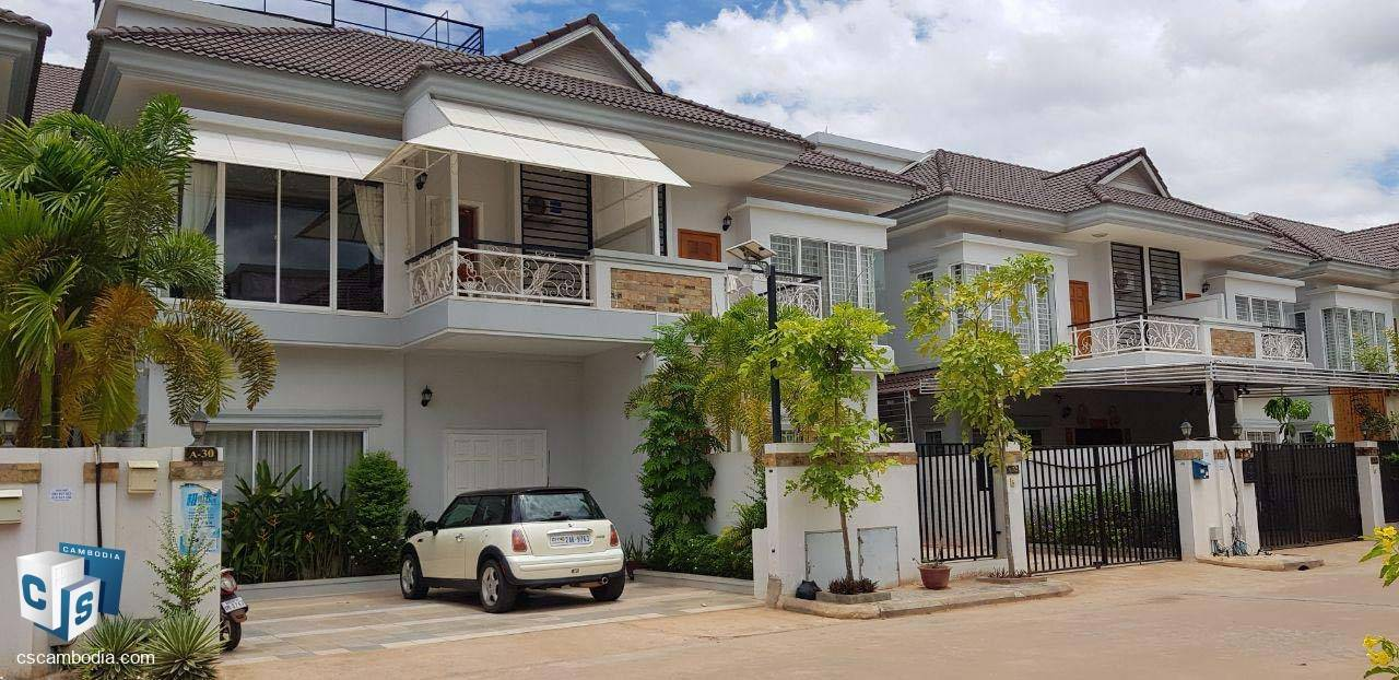 4 Bedroom House – For Sale – Krous Village –Svay Dangkum  Commune – Siem Reap