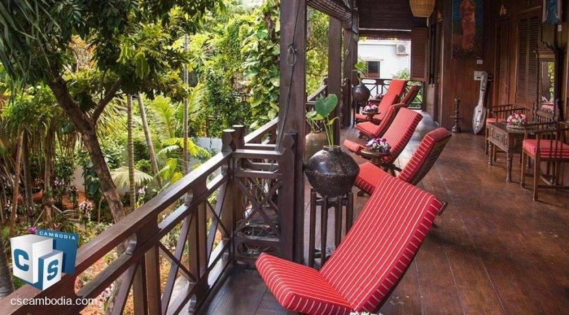 resort-la-villa-loti-siem-reap-balcony