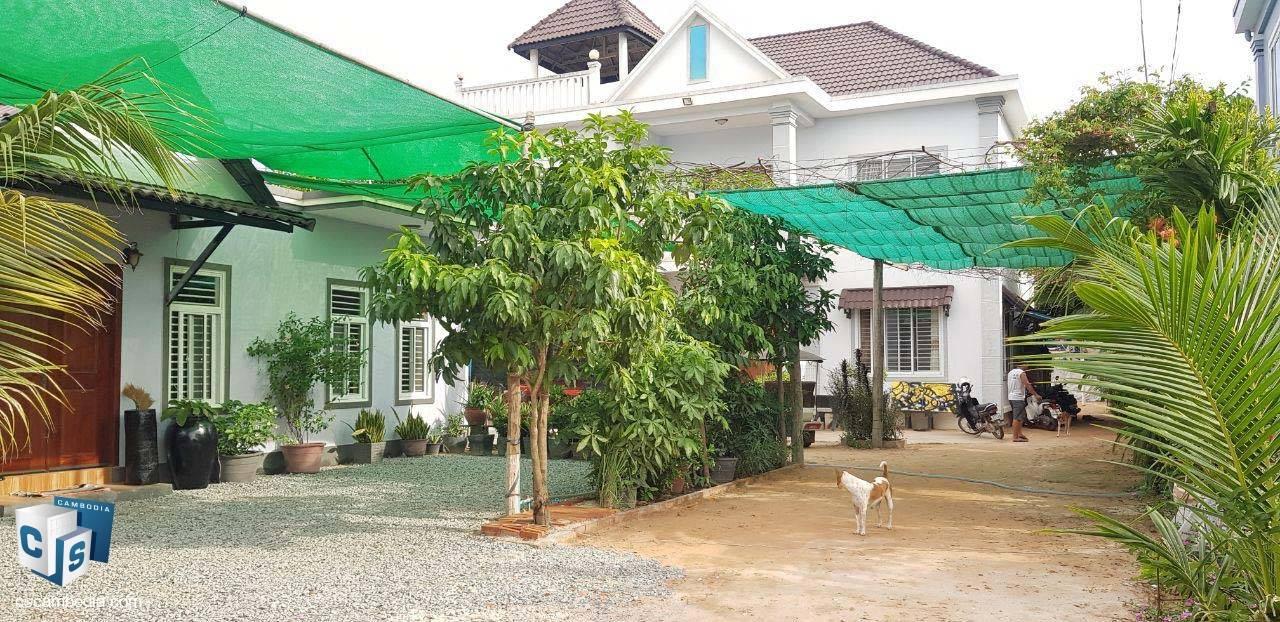 5 Bedroom House – For Sale – Boeng Daun Pa Village – Sla Kram Commune – Siem Reap