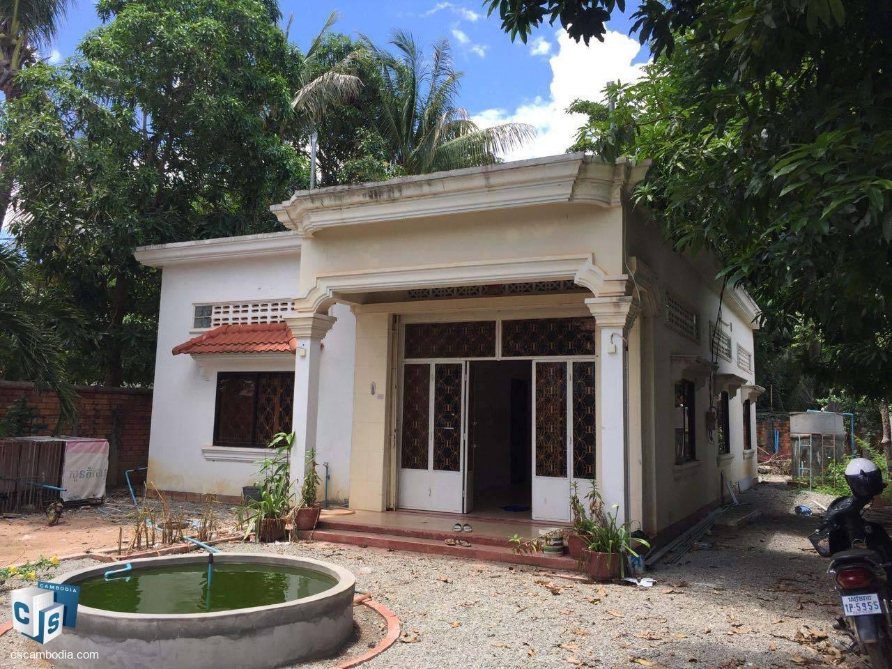 4 Bedroom House – For Sale – Wat Damnak Village – Sala Kamreuk Commune – Siem Reap