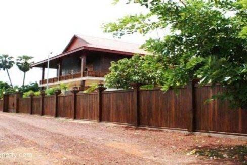 Guest-House-For-Rent-Siem-Reap-Exterior-2-770x386