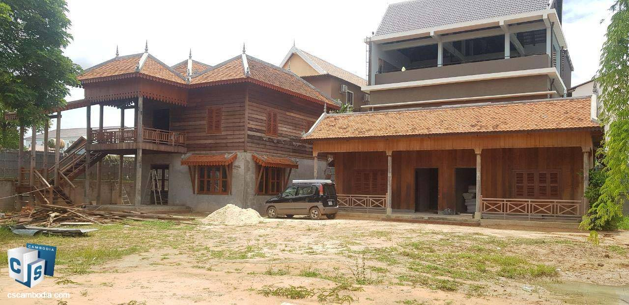 9 Bedroom Traditional Villas  – For Rent – Svay Dangkum – Siem Reap