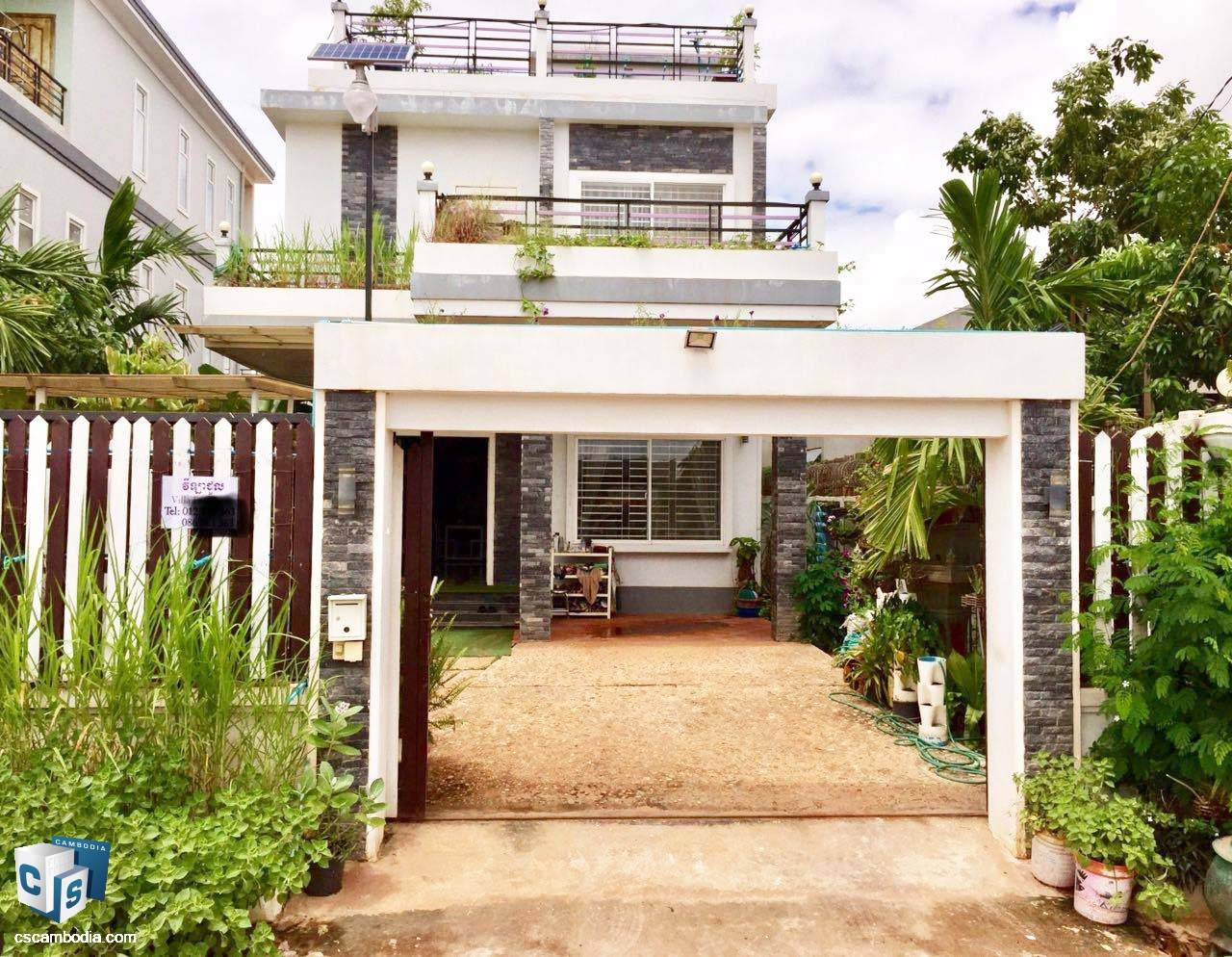 5 Bedroom House – For Rent- Kruos Village – Svay Dangkom Commune – Siem Reap