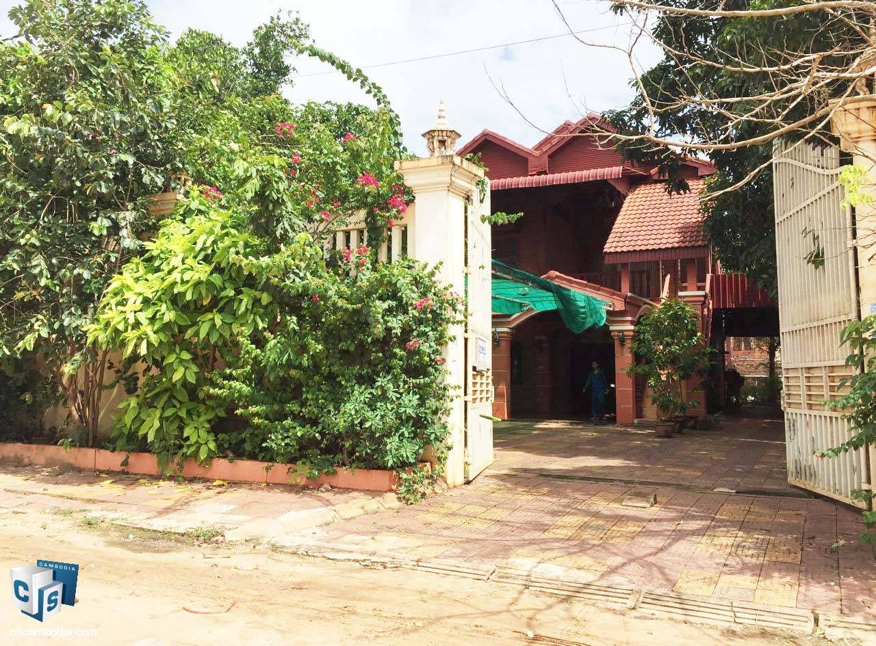 5 Bedroom House – For Rent – In Kok Chork Commune – Siem Reap