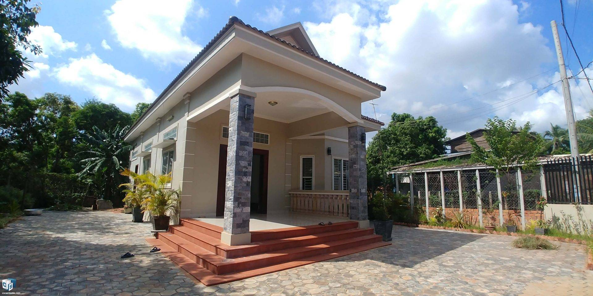 2 Bedroom House – For Rent- Sla Kram Commune – Siem Reap
